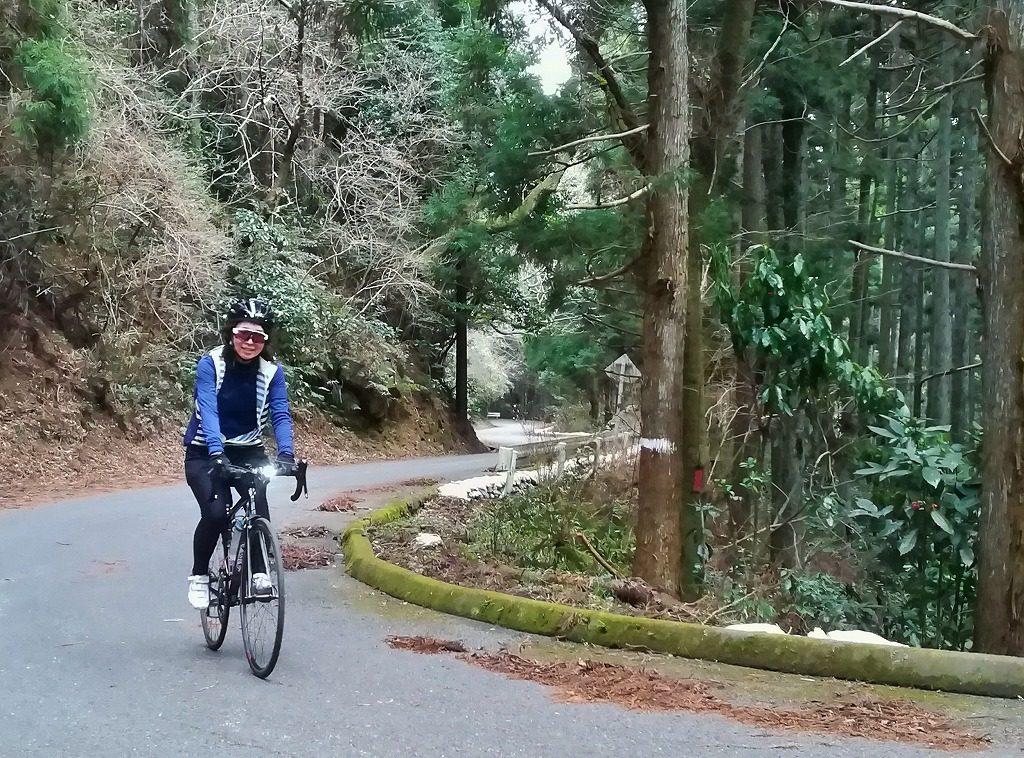 ロードバイクで裏不動峠を登る