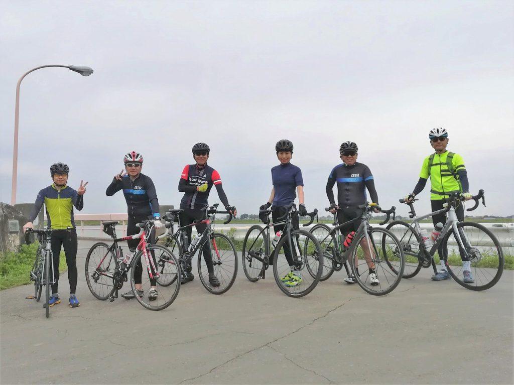 福岡堰と自転車