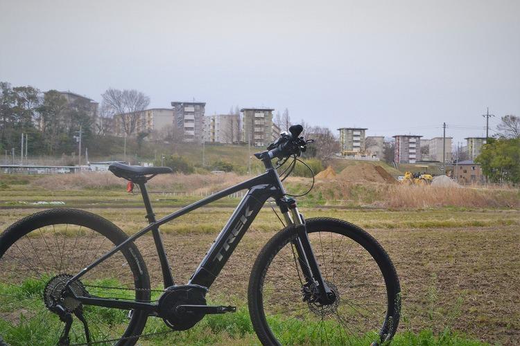 雨とクロスバイク